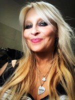 Doro with pic and heart